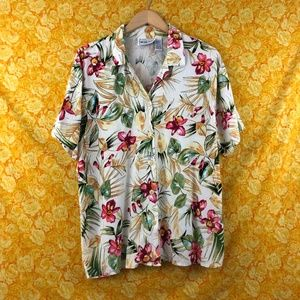 Vintage Beige Red Roses Hawaiian Button Up